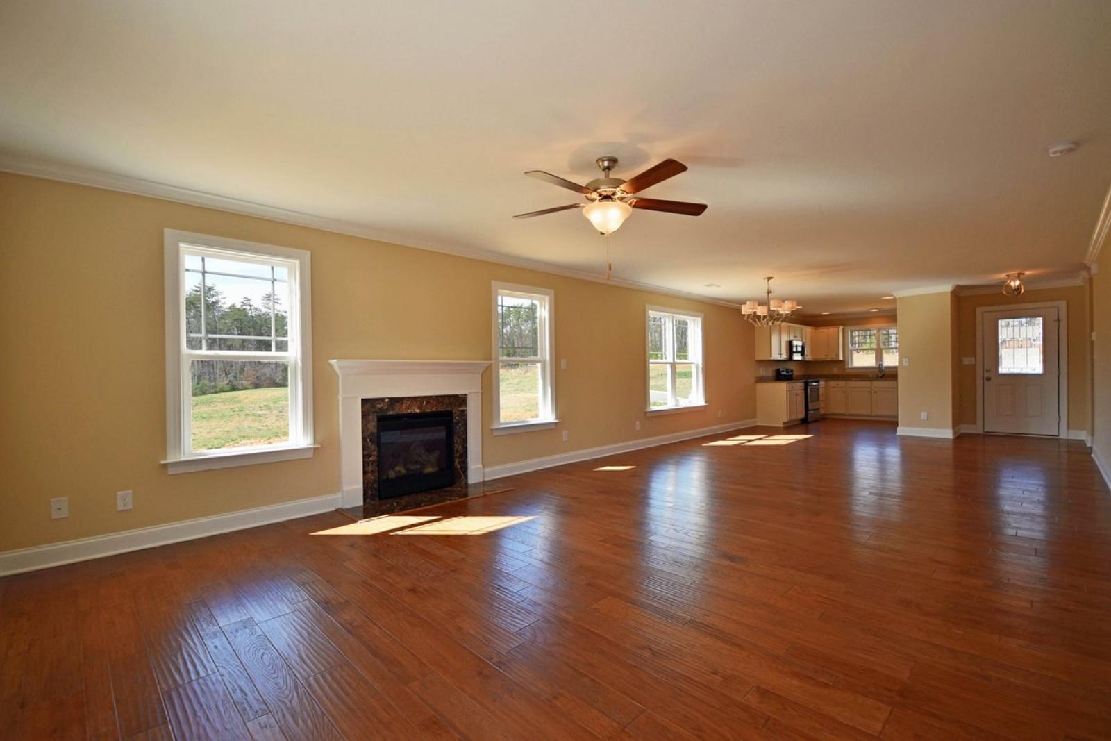 2062 Mackenna Dr., Graham, North Carolina 27253, 4 Bedrooms Bedrooms, ,2 BathroomsBathrooms,The Knolls,For Sale,Clifton,Mackenna,2,1004