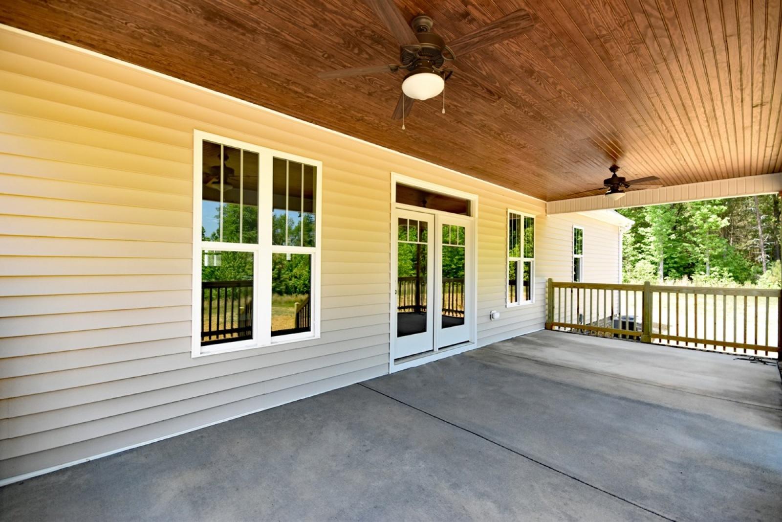 3070 Mattie Florence Drive, Graham, North Carolina 27253, 3 Bedrooms Bedrooms, 8 Rooms Rooms,2 BathroomsBathrooms,Coble Estates,For Sale,Hardesty,Mattie Florence,1,1028